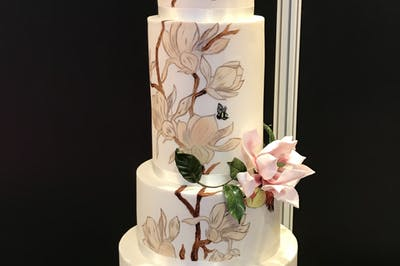 Bills Edible Art Wedding Cakes Bridebook