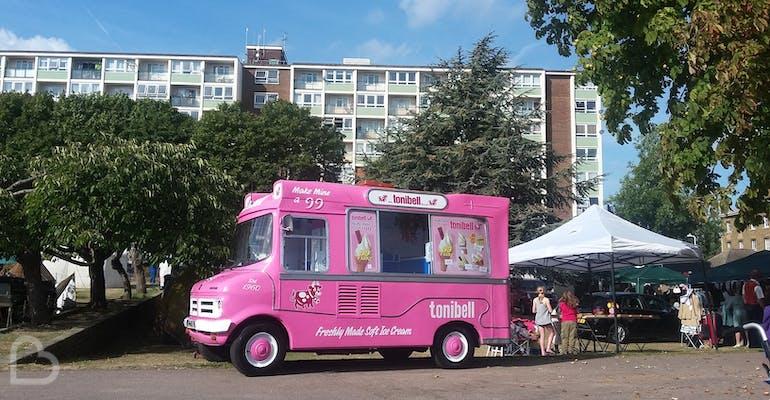 35de85f8ce Vintage wedding ice cream van hire at tonibell
