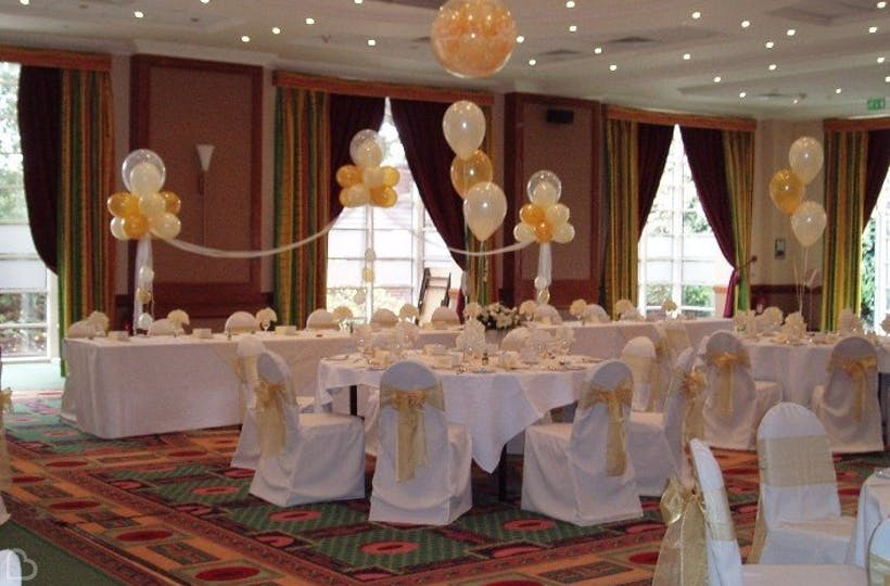 Celebrations balloons newcastle wedding decoration and hire celebrations balloons newcastle junglespirit Image collections