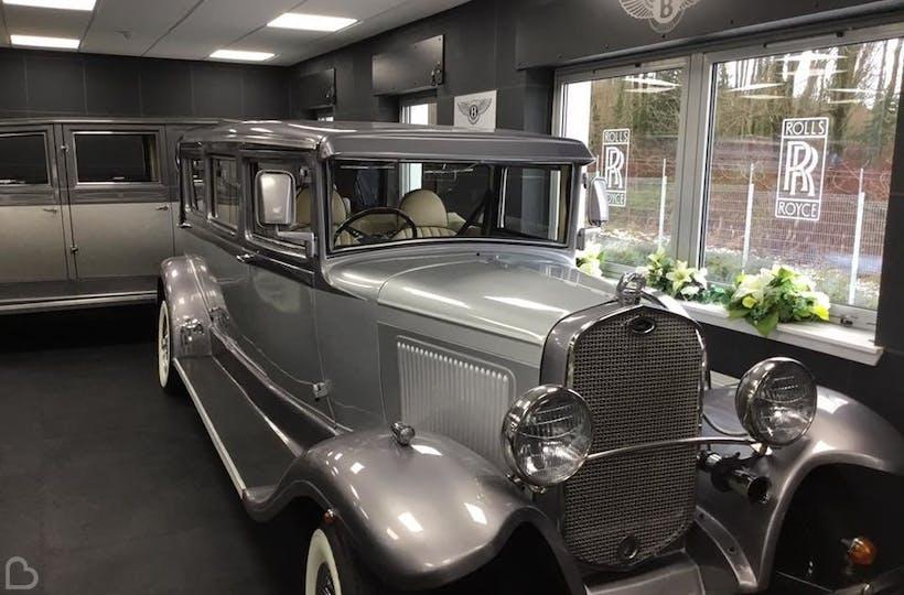 St Clair Wedding Cars Wedding Transport Bridebook