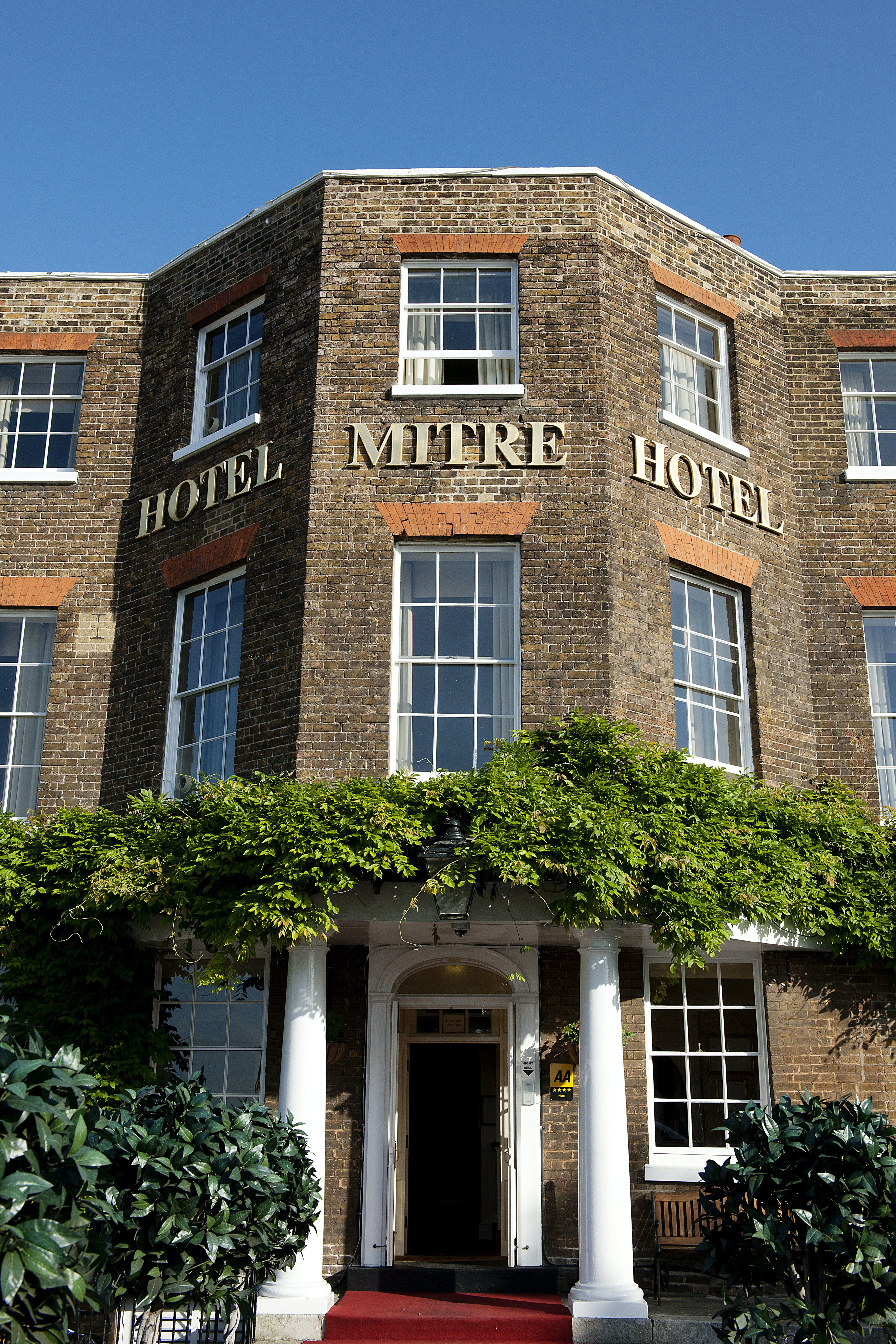 The Mitre Hotel Wedding Hire