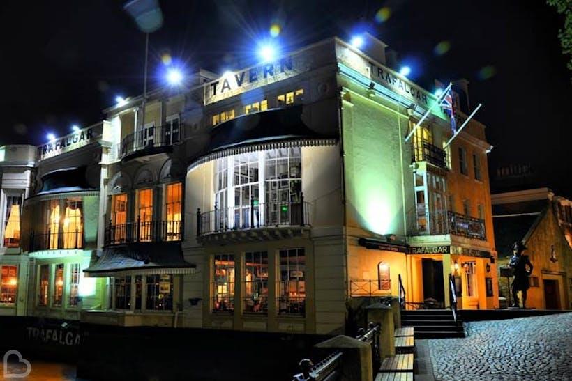 Trafalgar Tavern Wedding Hire